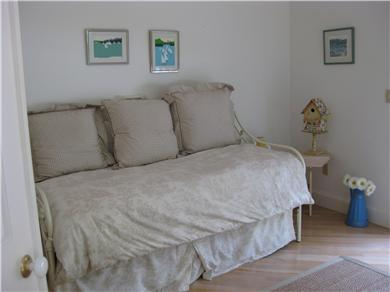 Vineyard Haven Martha's Vineyard vacation rental - Daybed with trundle converts to a queen size sleeper