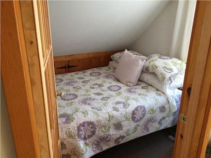 Oak Bluffs Martha's Vineyard vacation rental - Full bed in small upstairs Bedroom.