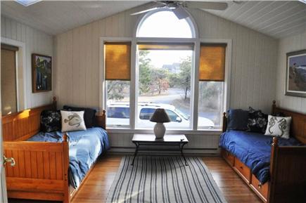 Katama - Edgartown, katama Martha's Vineyard vacation rental - Separate bonus room with twin trundles. Kids LOVE this room.
