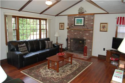 Oak Bluffs Martha's Vineyard vacation rental - Spacious Family Room with leather furniture, flat screen TV
