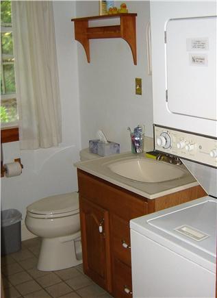 85 Tea Lane, Chilmark Martha's Vineyard vacation rental - Bath With Washer/Dryer