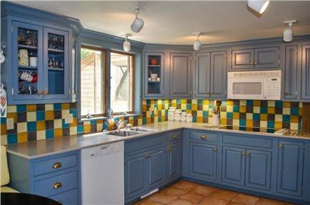 Vineyard Haven Martha's Vineyard vacation rental - Modern kitchen with breakfast nook