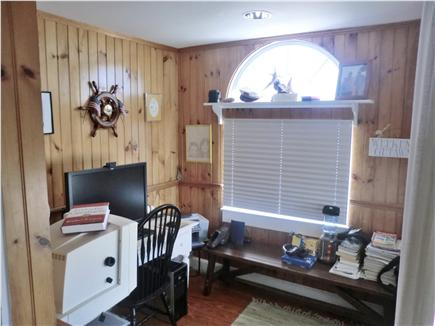Oak Bluffs Martha's Vineyard vacation rental - Den