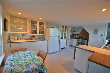 Edgartown Village Martha's Vineyard vacation rental - Kitchen with gourmet Bertazzoni gas range