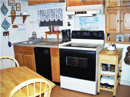 Oak Bluffs, Historic Copeland District  Martha's Vineyard vacation rental - Kitchen
