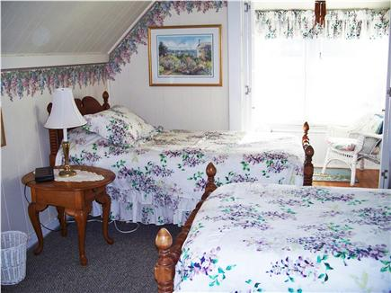 Oak Bluffs, Historic Copeland District  Martha's Vineyard vacation rental - Second floor twin bedroom