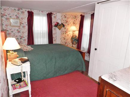 Oak Bluffs Martha's Vineyard vacation rental - The first floor queen bedroom is convenient and cozy.