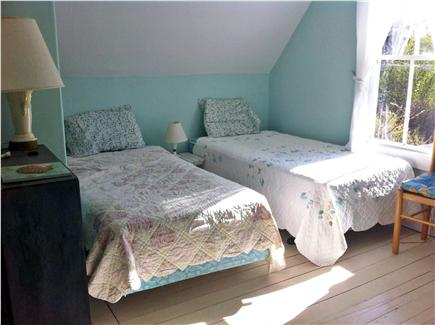 Oak Bluffs, Waban Park Martha's Vineyard vacation rental - The ''little kids'' room with twin beds.