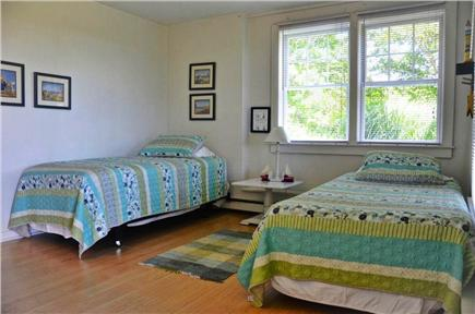 Aquinnah, Martha's Vineyard Martha's Vineyard vacation rental - 1 of 2 Kids' Downstairs Bedroom