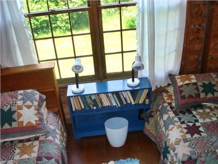 Chilmark Martha's Vineyard vacation rental - Twin bed bedroom