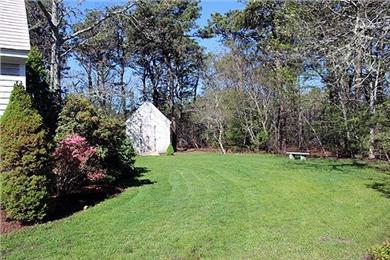 Katama - Edgartown Martha's Vineyard vacation rental - Side yard to right of house