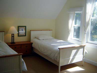 Edgartown Martha's Vineyard vacation rental - The upper Bedroom with twin beds