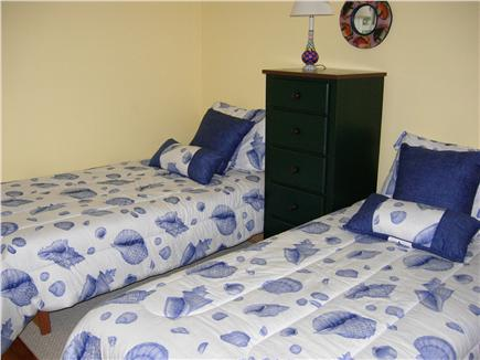 Edgartown Martha's Vineyard vacation rental - One of two twin bed rooms