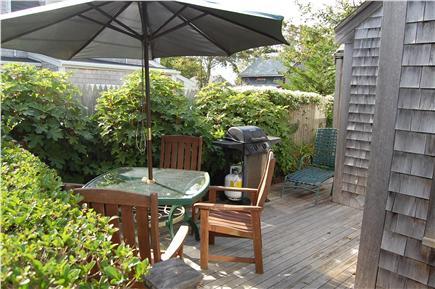 Nantucket town Nantucket vacation rental - Lovely backyard porch