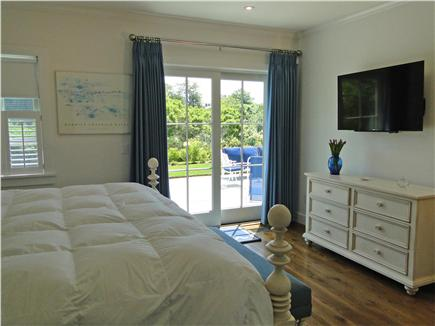 Nantucket town, Cliff Nantucket vacation rental - With direct access to inviting patio