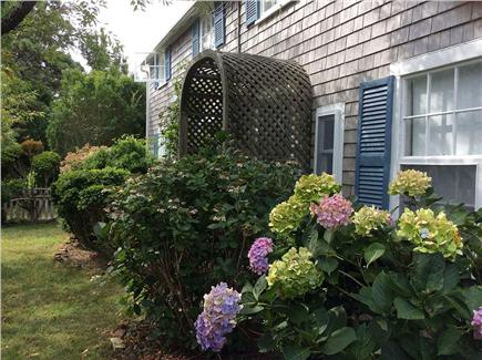 Dionis, Cliff Beach Nantucket vacation rental - Front of house - Nantucket Sandcastle.