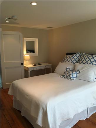 Nantucket town Nantucket vacation rental - Second floor master bedroom