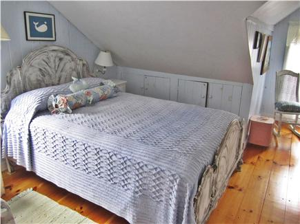 Nantucket town Nantucket vacation rental - Charming upstairs bedroom with double bed
