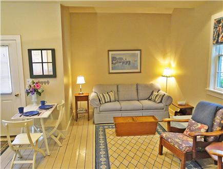 Nantucket town Nantucket vacation rental - Cottage interior