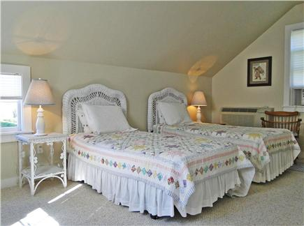 Nantucket town Nantucket vacation rental - Twin beds in the cottage